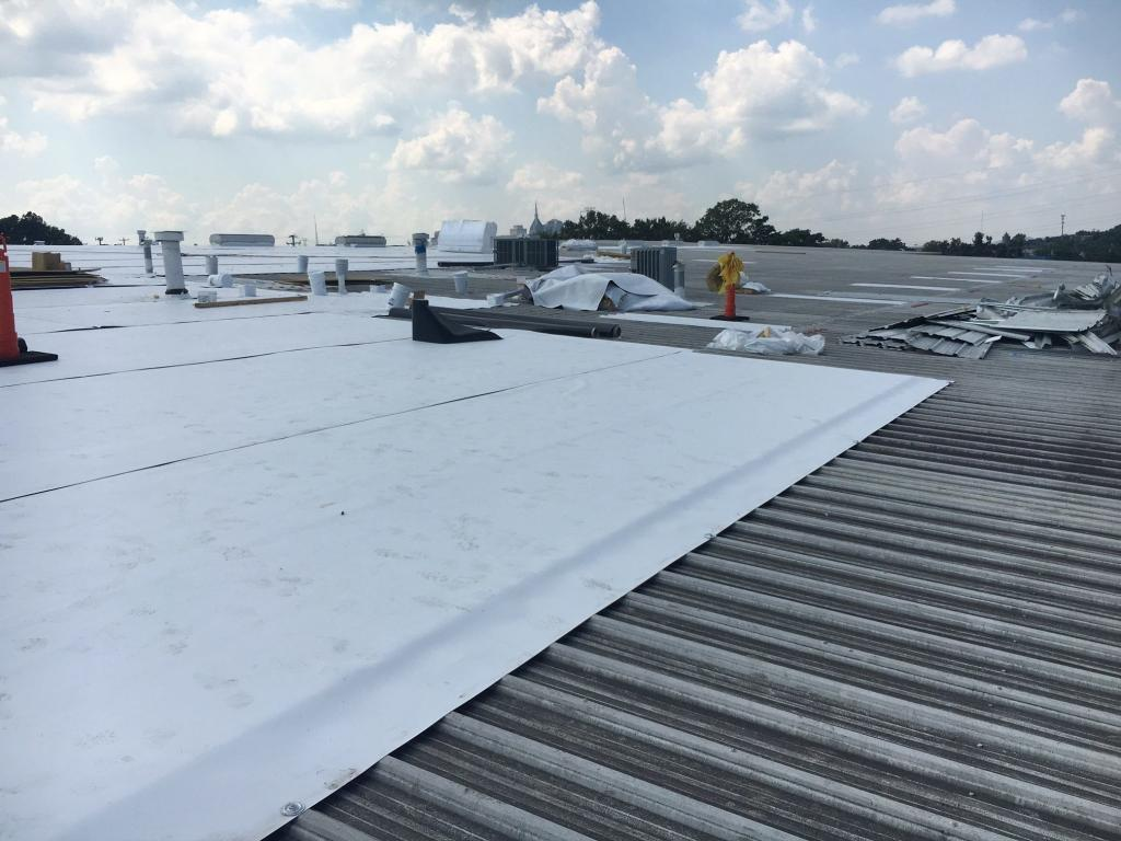 Commercial Roof Repair : Nashville commercial roofs repairs replacement